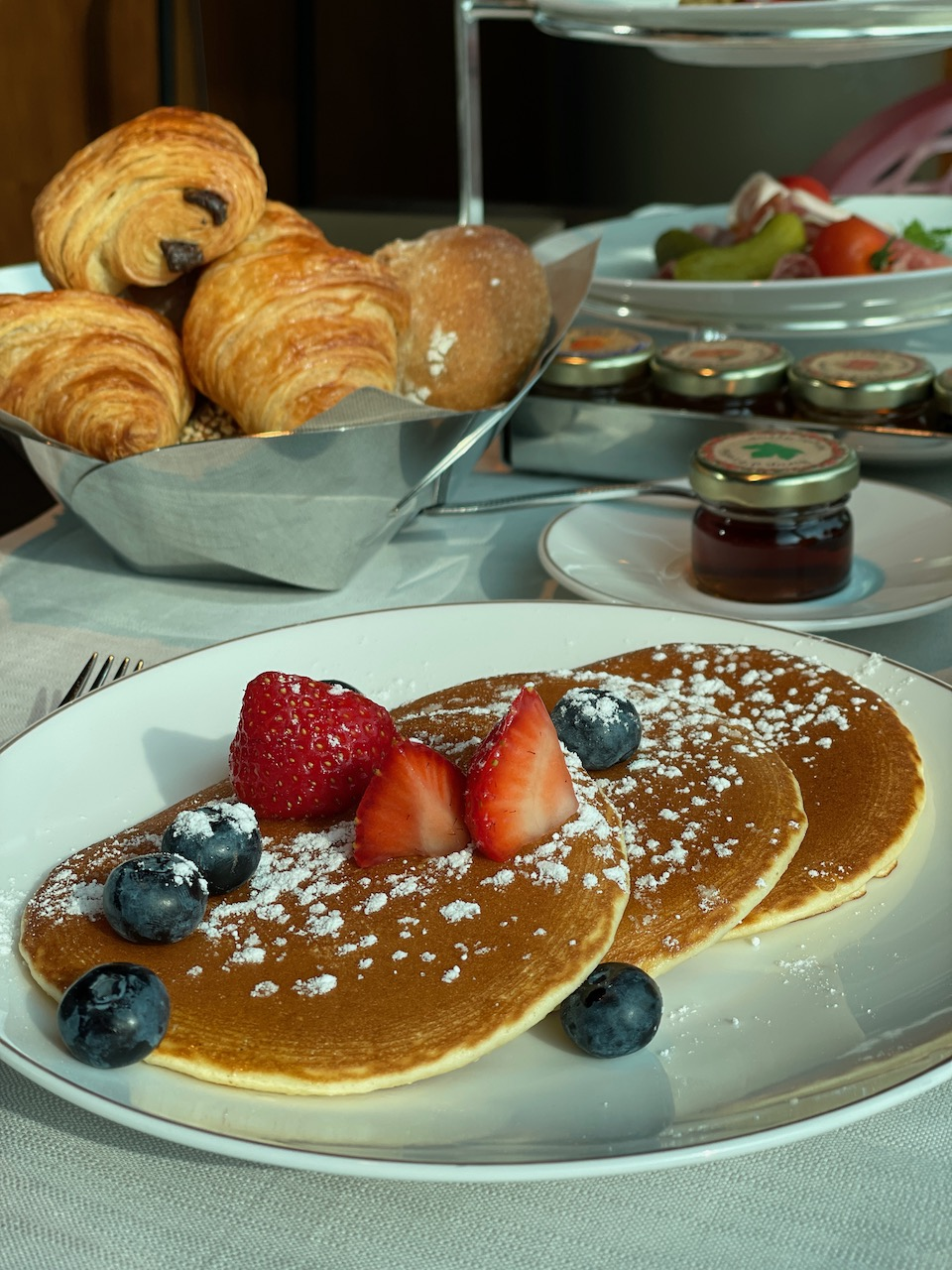 Breakfast Buffet no longer exists since Covid - instead you get a tower of goodies and made-to-order selections