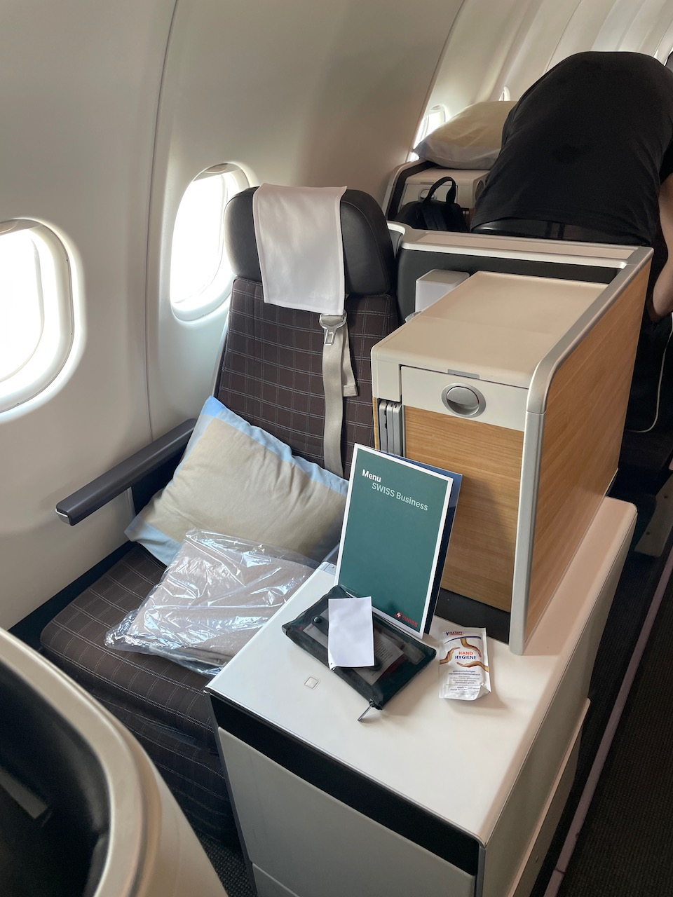 Upgrade to Business Class on Swiss for 800 CHF