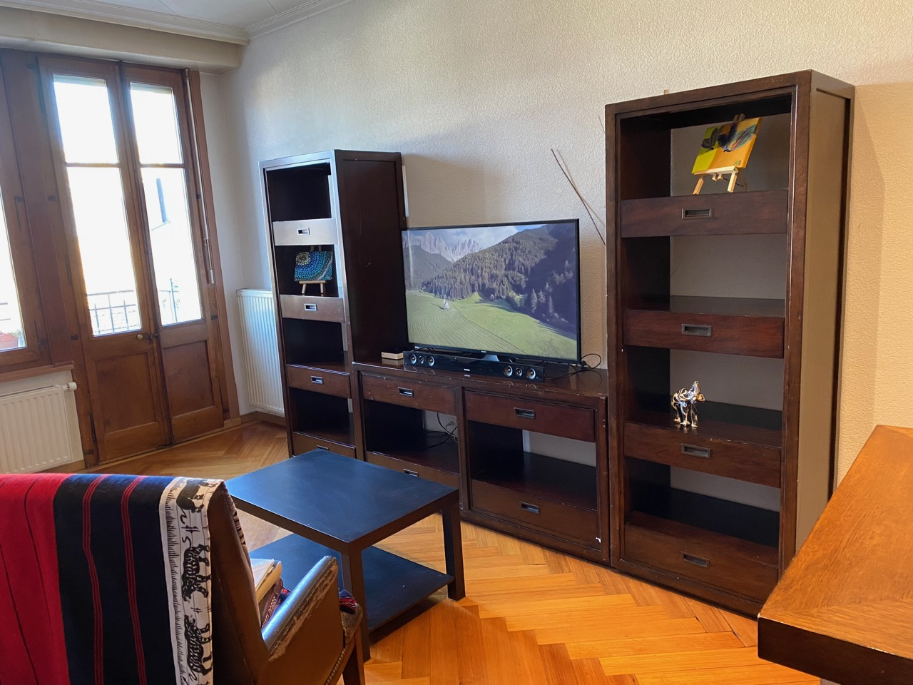AirBNB Villaneuve Switzerland Living Room with Big Screen TV and Wifi